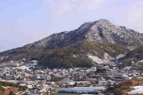冬の白滝山です